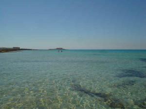 Spiaggia di Isola delle correnti - foto da picasasicilia.blogspot.com