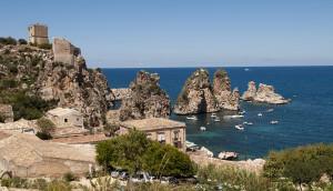 1024px-La_Tonnara_di_Scopello,_Sicily,_Italy_(4894098021)